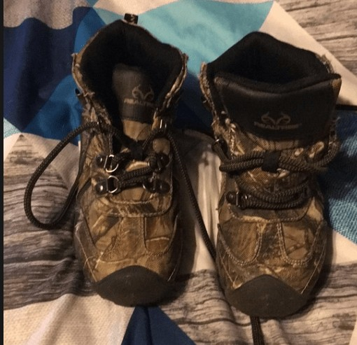 child hunting boots