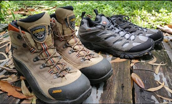 hunting boots vs. hiking boots